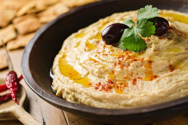 Друзья, хумус страсть как полезен! 6 веских причин есть его регулярно. И весы радуют.