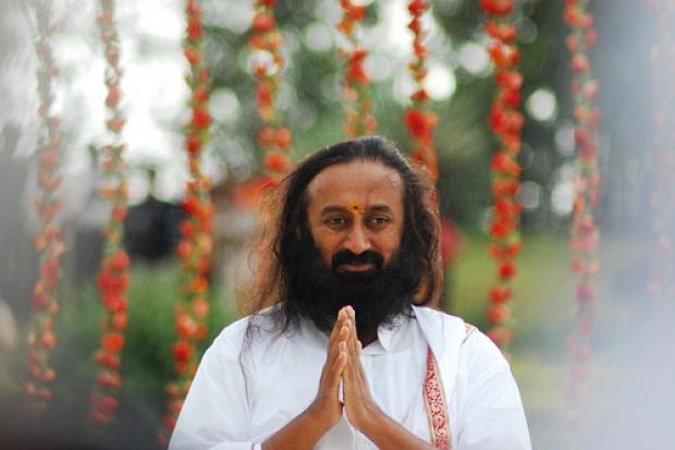 7 советов Шри Шри Рави Шанкара, которые наполнят Вас любовью